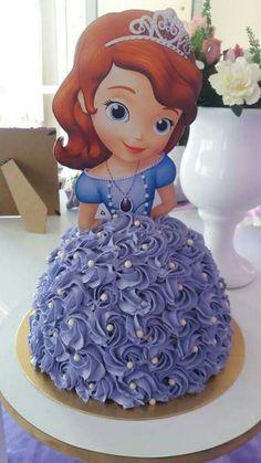 Princess Sofia the First Cake Sofia Birthday Cake, Sofia The First Birthday Party, Elsa Birthday, Princess Sofia Cake, Princess Sofia Birthday, Zoe Cake, Bolo Paris, Sofia The First Cake, Bolo Minnie