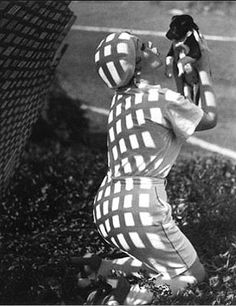 including giants like moholy nagy and prominent but unknown . Conceptual Photography, Modern Photography, Photography Website, Artistic Photography, Fashion Photography, Laszlo Moholy Nagy, Shadow Play, First Humans, Photo B