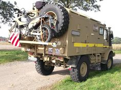Unimog 435 U1300L Ambulance Camper Conversion Mercedes Benz Unimog, Mercedes Truck, Expedition Trailer, Expedition Vehicle, Motorhome, Iveco 4x4, Bedford Truck, Travel Camper, Off Road Camping