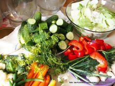 kolorowe_warzywa_do_kiszenia Dhal, Cobb Salad, Food, Essen, Meals, Yemek, Eten