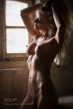 Artistic Nudes Daily : Photo