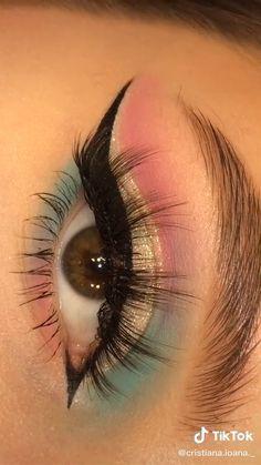 Edgy Makeup, Eye Makeup Art, Crazy Makeup, Eyeshadow Makeup, Indian Eye Makeup, Doll Eye Makeup, Matte Eye Makeup, Pretty Makeup, Makeup Kit