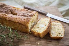 Αλμυρό κέικ χωρίς γλουτένη με φέτα & δεντρολίβανο | alevri.com