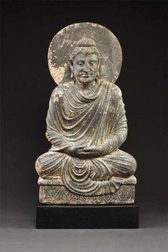 Buddha  Gandhara 2nd / 3rd century Schist