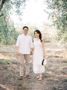 Engagement photography session in Florence Tuscany, Italy Fine Art Photography - Kir & Ira Photography Florence Tuscany, Tuscany Italy, Clarissa, Elopements, Engagement Photography, Fine Art Photography, White Dress, Couple Photos, Couples