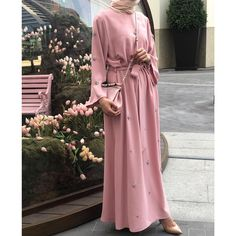 Whether you are in your iftar invitations or feast 😍 Modern Hijab Fashion, Abaya Fashion, Muslim Fashion, Fashion Wear, Fashion 2020, Modest Fashion, Fashion Dresses, Hijab Abaya, Hijab Dress