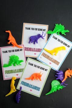 Dinosaur valentine free printable on aliceandlois.com