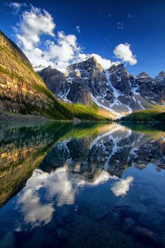 noizzex: Moraine Lake - Banff National Park |by Tucapel