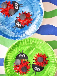 Paper Plate Lacing Ladybugs Craft #spring #bugs #kids #lacingcraft #paperplacecraft #kidcrafts Fun Arts And Crafts, Easy Crafts, Crafts For Kids, Insect Activities, Craft Activities, Paper Plate Crafts, Paper Plates, Ladybug Crafts, Textiles