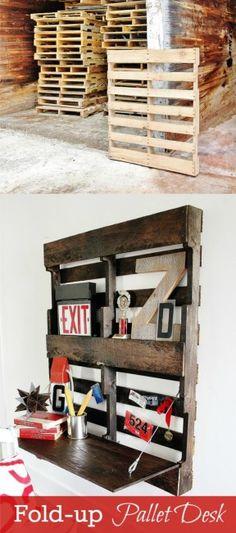 Ingeniosa estantería con escritorio a partir de un palé