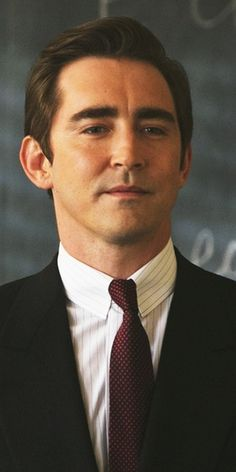 That looks like his character Joe from Halt and Catch Fire. Lee Pace!