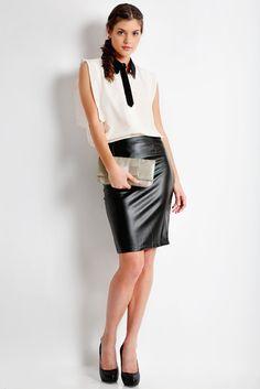 Satin clutch bag #taspesta #clutchbag #clutchpesta #handbag #fauxleather #kulit #messengerbag #satin #simple #elegant #colors #mocca