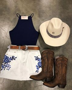 Rose mini skirt true to size other items pictured are not included model wore size small. Cute Cowgirl Outfits, Western Outfits Women, Cowboy Boot Outfits, Cute Outfits, Cowboy Outfit For Women, Cow Girl Outfits, Cute Cowgirl Boots, Gypsy Cowgirl, Preppy Outfits