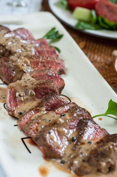 Filet mignon with peppercorn sauce is a luxury treat perfect for a date night stay home meal Sauce Filet Mignon, Sauce Recipes, Beef Recipes, Filet Recipes, Peppercorn Sauce For Steak, Night Dinner Recipes, Date Night Meals, Dinner Ideas, Salat Wraps