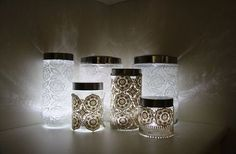 2 DIY Lace Lighting Projects: A Doily Lamp and Ceiling Lights Pot Mason Diy, Mason Jar Crafts, Lighted Wedding Centerpieces, Wedding Lanterns, Wedding Decoration, Doily Lamp, Lace Mason Jars, Jar Lanterns, Jar Lights