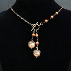 Acorn necklace with front toggle