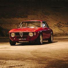 Alfa Romeo Giulia Sprint GTA.
