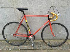 Bicycle Parts, Bike Style, Road Bikes, Awesome Stuff, Biking, Restoration, Cycling, Wheels, People