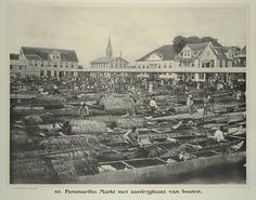 Paramaribo. Markt met aanlegplaats van booten. 1913