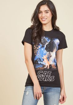 I Feel the Purrs T-Shirt. Flaunt your quirky-cool charisma by donning this black T-shirt! #black #modcloth