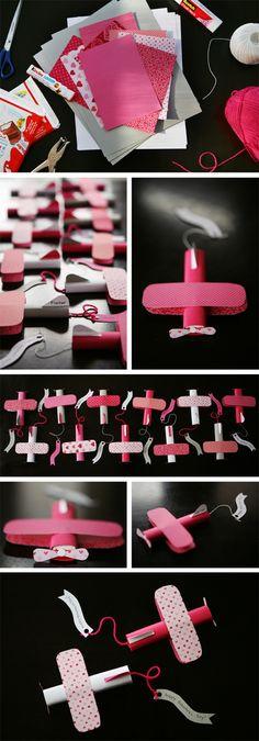 Paper plane Valentines