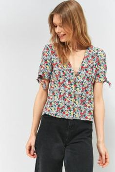 Prezzi e Sconti: #Pins and needles sally sue floral blouse - Assorted  ad Euro 55.00 in #Pinsneedles #Uoeu womens tops shirtsblouses