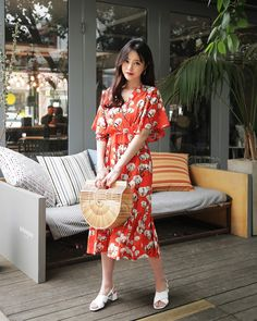 #Dahong style2017 #summerlook #DaIn Korean Style, Summer Looks, Asian Fashion, Modest Fashion, Daily Fashion, Spring Summer, Skirts, How To Wear, Closet