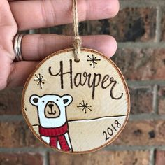 50 Ideas diy wood burning projects christmas ornament for Ideas diy wood burning projects christmas ornament for 2019 What's wood burning ? The pine burnt by covering process by moving an image on wood is . Wood Burning Kits, Wood Burning Crafts, Wood Burning Patterns, Wood Crafts, Diy Wood, Wood Wood, Homemade Housewarming Gifts, Diy Wedding Gifts, Christmas Crafts