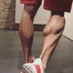 Calf Exercises & Tips for big calves💪 bookmark & try👈 Tag a friend👇 - @joesthetics