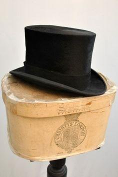 Vintage 1920s Christie s Silk Top Hat Vintage Hat Boxes 72cbf48e046