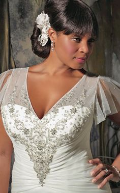 #NewYorkDress Blog // Plus Size #Wedding Dresses // Click on the photo for more lovely options! // Dress: #MoriLee 3139