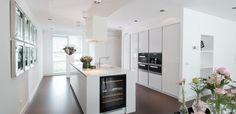 Afbeeldingsresultaat voor keuken ideeën kastenwand