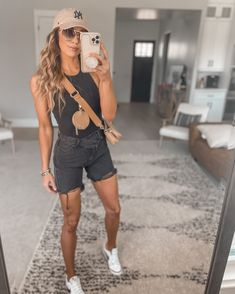 Travel Outfits, Chill Outfits, Summer Outfits, Cute Outfits, Cali Style, Mom Style, Summer Of Love, Spring Summer, Court Outfit