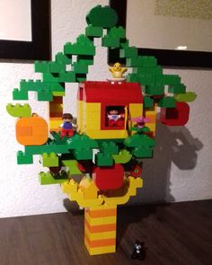 "Gefällt 81 Mal, 7 Kommentare - Still Mummy From The Block (@mummyfromtheblock) auf Instagram: ""We accepted your tree house challenge @citroengeleduplo . . #duplo #treehouse #lego #legoduplo…"""