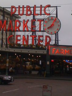 Pike Street Marketplace, Seattle WA