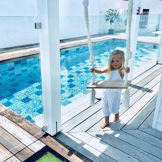 Holidays at home 🌴 . Backyard Pool Designs, Swimming Pool Designs, Pool Landscaping, Hampton Pool, Swimming Pool Enclosures, Brighton Houses, Pool Colors, Luxury Swimming Pools, Small Pools