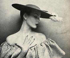 Balenciaga, Harper's Bazaar, 1952