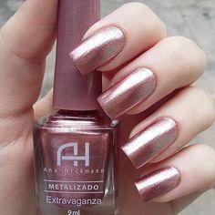 I put my nail polish like a pro! - My Nails Heart Nail Designs, Nail Polish Designs, Nail Art Designs, Nails Design, Sns Nails Colors, Nail Polish Colors, Rose Gold Nail Polish, Gorgeous Nails, Pretty Nails