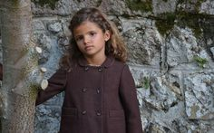 Nuevo modelo de abrigo de tweed. Forrado con viyela estampada. Elige tu color y personalizalo! Tweed, Coat, Jackets, Fashion, Fall Collections, Kids Fashion Boy, Fall Winter 2015, Clothes For Girls, Elegant