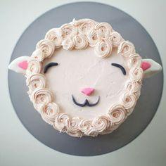 DIY Fluffy Lamb Cake Decorating Tutorial