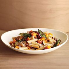 A hearty bowl of pasta plus savory cheese? You'd never know this whole-grain comfort food is diet-friendly! Squash supplies all the vitamin A you need for the day.