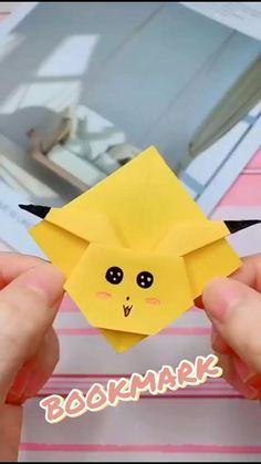 Origami Bookmark Corner, Bookmark Craft, Diy Bookmarks, Origami Notebook, Corner Bookmarks, Instruções Origami, Cute Origami, Origami Design, Easy Origami For Kids