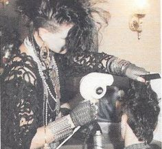 Back in the before the era of Hot Topic, or Cybergoth, The Batcave and Deathrock look was new—and much more commonplace in North American and Europe than it is today. Vintage Goth, Victorian Goth, 80s Goth, Punk Goth, Manado, Goth Kids, Goth Subculture, Goth Hair, Pixie
