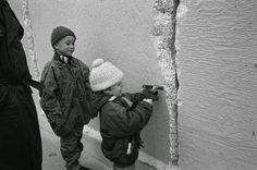 Zidul Berlinului: 25 de ani de la prăbușirea Zidului | Historia