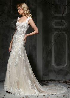 Elegant wedding dresses from Impression Bridal @weddingchicks