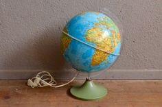 Globe terrestre lumineux mappemonde décoration voyage années 70 pied tulipe…