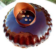 Cafè royal ☕️  Parfait al caffè, cremoso al cioccolato fondente, pan di Spagna con bagna all'espresso e glassa al cacao specchiata