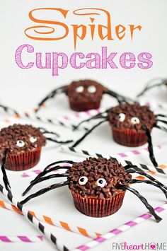 Spider Cupcakes on MyRecipeMagic.com #cupcakes #spider #halloween