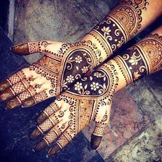 Beautiful mehndi / henna design by Maple Mehndi. This is art! Shaadi Glam @shaadiglam Instagram photos
