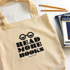 "Free downloadable ""Read More Books"" design for iron on transfer to t-shirts or totes"
